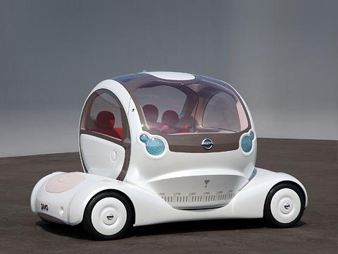 Nissan pivo,Nissan concept. Nissan Pivo необычен своей поворотной кабиной. Если вынезарулём, можно попивать пивко иодновременно любоваться окрестностями.