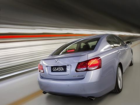 Lexus gs. Вновом GS450h есть всё: внешность, комфорт, безупречное качество, мощные двигатели, умеренная цена. Теперь— очередь заклиентами.