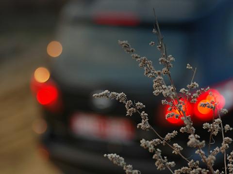 Hyundai santa fe. Красивый, стильный, модный внедорожник. Корейский. Да-да, вынеослышались— теперь всё так иесть. Аимя этому внедорожнику— Hyundai SantaFe.