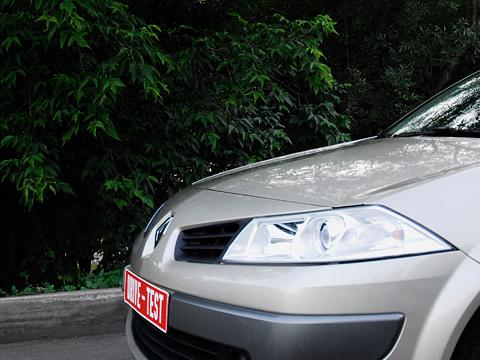 Renault megane. Renault Megane — автомобиль интересный. Прежде всего, своим уровнем комфорта и нетребовательностью к водителю.