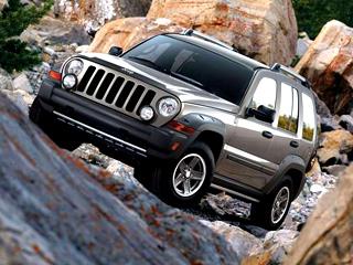 Jeep liberty. Спроходимостью уJeep Liberty дела обстоят неплохо, новот шаровые опоры могут подвести всамый неподходящий момент.