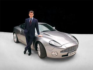 Aston martin vanquish. Обеспеченные покупатели предпочли новый Vanquish потёртому ивооружённого ракетными установками автомобиля Бонда.