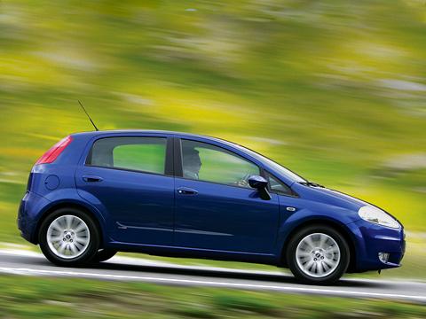 Fiat grande punto,Fiat panda,Fiat doblo,Fiat croma. Стильный хэтчбэк сдизайном отGuigaro Fiat Grande Punto подостоинству оценили европейские покупатели. Теперь очередь заРоссией.