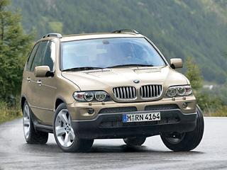 Bmw x5. BMWX5, несмотря насвой солидный возраст, досих пор считается эталоном управляемости среди своих конкурентов.