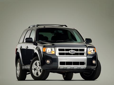 Ford escape,Ford maverick. Под конец своей конвейерной жизни Ford Escape наконец-то стал выглядеть как настоящий крутой внедорожник.