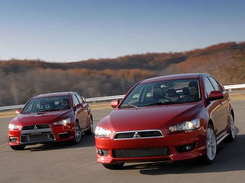 Mitsubishi lancer,Mitsubishi lancer evolution,Mitsubishi prototype x,Mitsubishi concept. Mitsubishi Lancer иPrototype X.Первый— уже серийный автомобиль, который скоро появится впродаже, авторому лишь предстоит имстать.