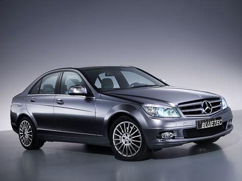 Mercedes c,Mercedes c220 bluetec. Вновом C-классе впечатляет нетолько дизайн, ноитехническая начинка: она намного опередила своё время.