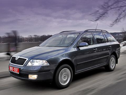 Skoda octavia. Полный привод вусловиях российского климата— вещь очень полезная, азачастую инеобходимая. Даже для легковой машины вроде Skoda Octavia Combi.