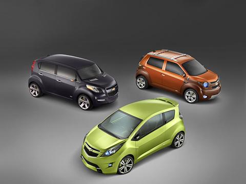 Chevrolet concept,Chevrolet beat,Chevrolet trax,Chevrolet groove,Chevrolet trio. Все три автомобильчика несомненно интересны, нонефакт, что досерийного производства они доберутся вполном составе.