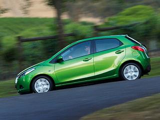 Mazda 2. Mazda вновь вернулась ктеме использования цикла Миллера. Видимо, других вариантов снижения расхода топлива бензиновыми моторами японцы невидят.