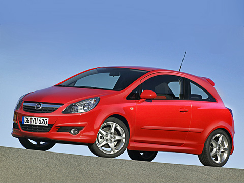 Opel corsa,Opel corsa gsi. Ещё неOPC, ноуже инеобычная Корса сдохлым моторчиком. CorsaGSi— отличный компромисс между экстримом ипрактичностью!