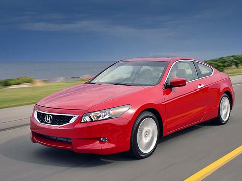 Honda accord,Honda accord coupe. Конечно же, автомобиль стал шире, выше и длиннее. На сколько? Да кому интересны эти сантиметры! Главное — Accord остался верным себе. Такой же дерзкий, мускулистый и подтянуто-собранный.