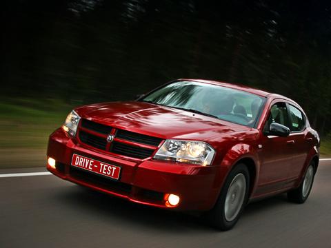 Dodge avenger. Это— уже четрвёртый посчёту Dodge, который вышел нароссийский рынок. Получитсяли уAvenger завоевать его?