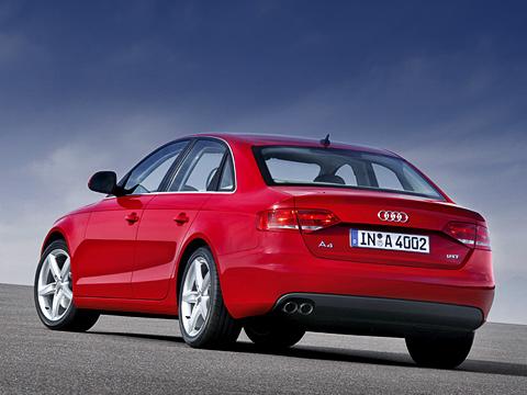 Audi a4. Кардинальных дизайнерских перемен вовнешности необнаружено. Audi придерживается своей проверенной временем сдержанно-минималистской концепции.