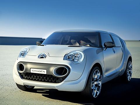 Citroen c-cactus,Citroen concept. Разработками экологически чистых автомобилей сейчас незанимается разве что ленивый. АCitroen ивовсе один изактивистов вэтой области.
