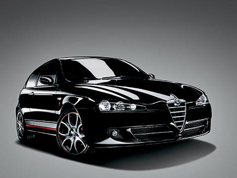 Alfaromeo 147,Alfaromeo 147 ducati. Старость нерадость, говорите? Ничего подобного. Alfa Romeo147 хоть инемолода, ноазарта ейнезанимать. Аужверсии Ducati Corse— тем более.