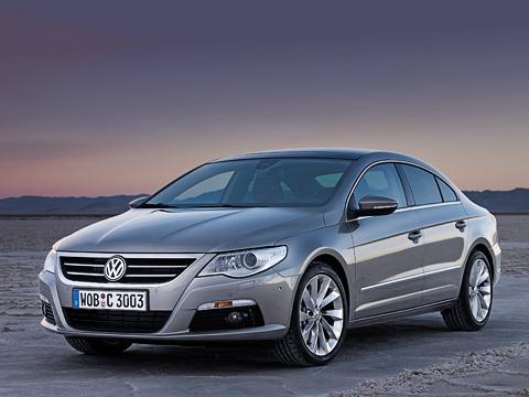 Volkswagen passat,Volkswagen passat cc. Спомощью Passat CCVolkswagen определённо нацелился навести шороху вбизнес-классе. Иесли игра впремиум сPhaeton оказалась неудачной, товданном случае шансов больше.