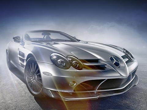 Mercedes slr,Mercedes slr722,Mercedes slr roadster,Mercedes slr mclaren roadster,Mercedes slr mclaren,Mercedes slr 722. Внешние отличия отобычного родстера: оригинальные 19-дюймовые колёсные диски, передний спойлер, красные тормозные суппорты и,конечноже, шильдики.