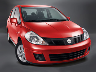 Dodge trazo. В продаже автомобиль появится или под самый Новый год, или в начале 2009-го. Гарантия на машину составляет три года или 50 тысяч км — как и на другие модели Доджа.