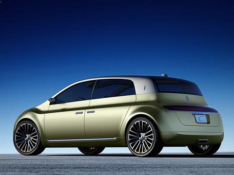Lincoln c concept,Lincoln concept. Показанный вДетройте хэтчбек Lincoln Concept Cпоразмерам— точь-в-точь Форд Фокус. Аподизайну— MeganeII, отшлифованный морской водой.