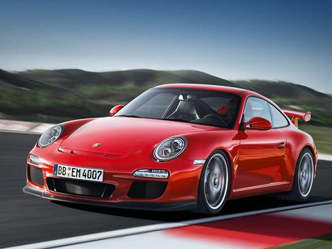 Porsche 911,Porsche 911 gt3. Спереди рестайлинговый Porsche911GT3 можно узнать впервую очередь подиодам «дневного света» ииной конфигурации воздухозаборников вбампере.
