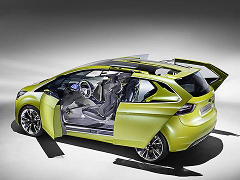 Ford iosis max,Ford concept. Чутьли некаждая деталь автомобиля двигается иподнимается. Концепт идеально подходит нароль вфильме «Трансформеры». Однако там монополия уконцерна General Motors.