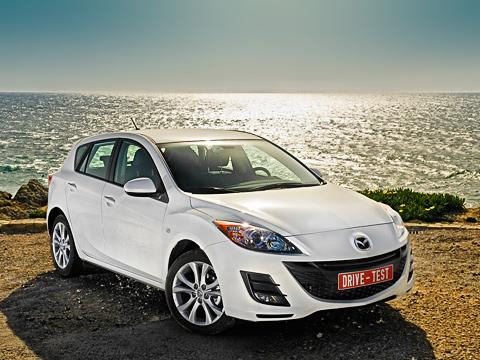 Mazda 3. Спорная внешность для модели, накоторую приходится более трети продаж марки. Или мыпросто непривыкли, нераспробовалиеё?