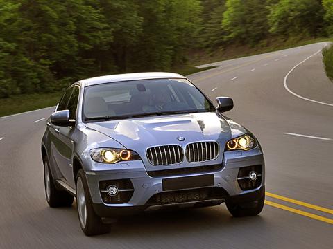 Bmw x6,Bmw x6 active hybrid concept,Bmw x6 hybrid. Гибридную версию X6можно отличить погорбу накапоте, 20-дюймовым дискам нового дизайна иокрашенному вспециальный голубой «металлик» кузову.