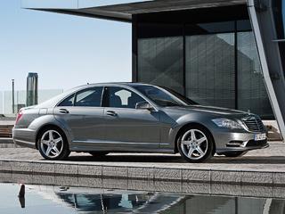 Mercedes s. Грядущий Mercedes S250CDI будет нетолько ярым «экономистом», ноизавзятым чистюлей. Извыпускных патрубков будет вылетать всего 155гCO2на километр.