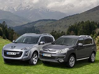 Citroen c-crosser,Peugeot 4007. Внешних изменений необнаружить, зато для обоих автомобилей предусмотрено два новых цвета кузова.