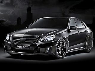 Mercedes e. Инженеры серьёзно доработали подвеску, тормозную систему, атакже улучшили аэродинамику автомобиля. Диски— 19-дюймовые. Задние колёсные арки прикрыты обтекателями.