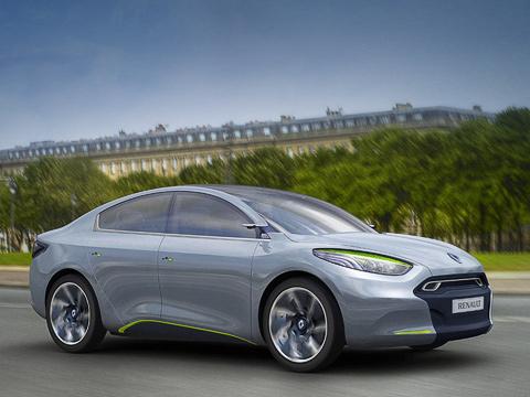 Renault fluence,Renault fluence ze,Renault concept. Несмотря наобщее стилистическое сходство, концепт Fluence Z.E.посравнению ссерийной версией седана удлиннили на200мм(4820), чтобы внутри уместился комплект батарей.