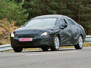 Peugeot 408,Peugeot 407. Откровений вдизайне седана408 ждать нестоит. Французы опять сделают ставку наогромную оптику ифирменную улыбку.