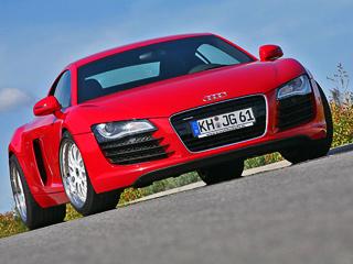 Audi r8. Никаких изменений воблик Audi R8немцы вносить нестали. Нетронутым остался исалон.