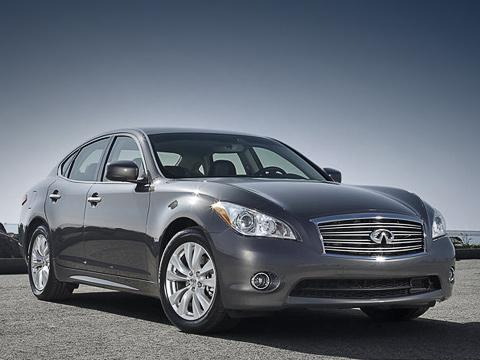 Infiniti m,Infiniti q70. В Старом Свете покупателям предложат не только дизельные модификации японского седана, но и гибридные. Заказы на последние начнут принимать в 2011 году.