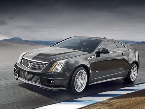 Cadillac cts,Cadillac cts-v,Cadillac cts coupe. Спереди «горячую» модификацию CTS-V Coupe от стандартной машины отличают иная фальшрадиаторная решётка в мелкую сеточку и другой бампер.