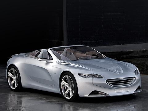 Peugeot sr1,Peugeot concept. Позамыслу французов под новый стиль, заданный родстером PeugeotSR1, серийные машины марки будут адаптироваться втечение двух лет. Заэто время фирма обещает представить более 15новых моделей.