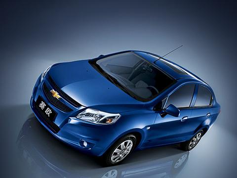 Chevrolet sail. Как утверждают разработчики, покитайской методике проведения краш-тестов C-NCAP седан Chevrolet Sail тянет начетыре звезды. Судя попрежним отчётам организации, ихчетыре звезды равны половинке звёздочки Euro NCAP.