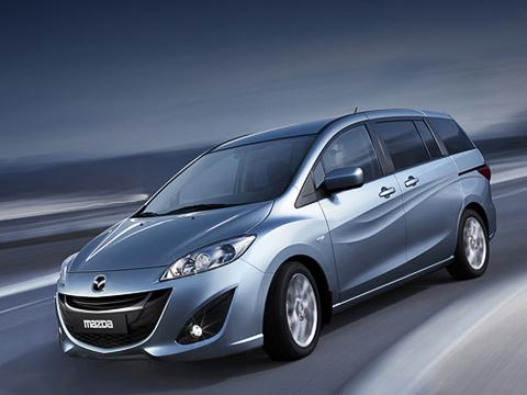 Mazda 5. Машины Mazda5с «непосредственным» двухлитровым мотором ишестиступенчатой «механикой» будут оснащаться системой start/stop (i-stop наязыке Мазды). Кстати, эта «четвёрка» (150сил) уже ставится наМазду3, предназначенную для европейского рынка.