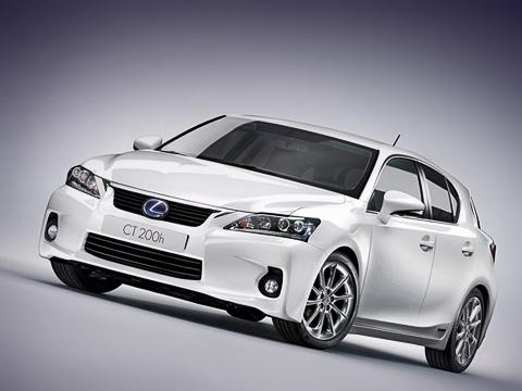 Lexus ct. Динамичная внешность модели Lexus CT200h отражает эволюцию фирменного лексусовского стиля L-finesse.