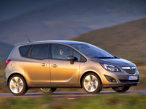 Opel meriva. Новая Meriva создана вопелевском центре вРюссельсхайме, апроизводитьеё, как ипредшественницу, будут вСарагосе.