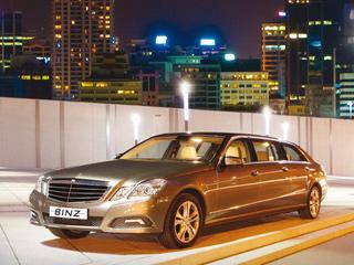 Mercedes e. Взависимости отдвигателя споявлением дополнительной вставки кузова масса автомобиля составит 2100–2135 кг.