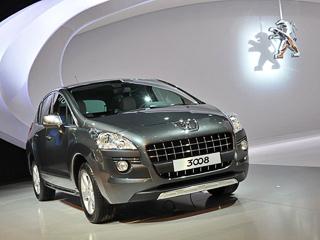 Peugeot 3008mims,Peugeot 3008. Кроссовер Peugeot 3008, заказы накоторый начнут принимать всентябре 2010года, достигает 100км/ч через 8,9с после старта, при условии что под капотом находится наддувный мотор 1.6, работающий впаре с«механикой».