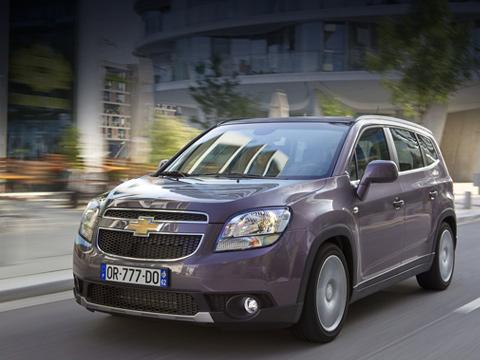 Chevrolet orlando. Производство Chevrolet Orlando стартовало в октябре минувшего года, а продажи модели в Европе начались в начале текущего. Выход компактвэна на российский рынок запланирован на ноябрь-декабрь.