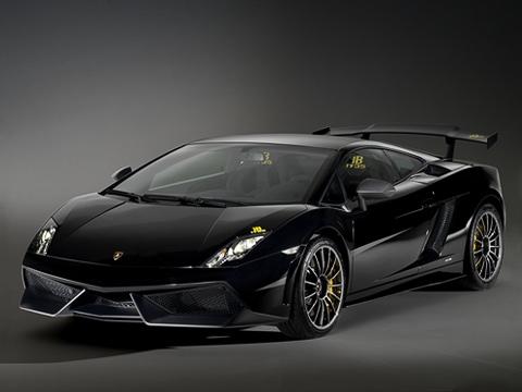 Lamborghini gallardo,Lamborghini gallardo superleggera,Lamborghini gallardo blancpain. Кузов машины, пословам итальянцев, матово-чёрный. Как-то многовато блеска для такого типа краски.