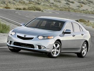 Acura tsx. Как ипрежде, Acura TSX сдвигателем2.4 может быть оснащена как шестиступенчатой «механикой», так ипятидиапазонным «автоматом». Машины сV6оснащаются исключительно автоматической коробкой.