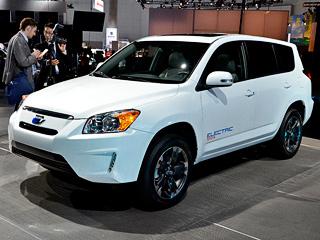 Toyota rav4,Toyota rav4 ev. Электрический RAV4, который весит на99кг больше (итого 1700кг) модификации смоторомV6, возможно, выйдет вширокую продажу в2012году.