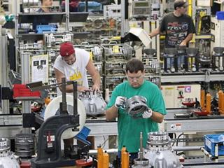 Chrysler 300,Jeep grand cherokee,Jeep liberty,Dodge dakota,Dodge nitro,Dodge charger. В создании новых коробок передач Chrysler будет сотрудничать снемецкой фирмой ZFGroup, которая поделится самериканским партнёром своими наработками итехнологиями.