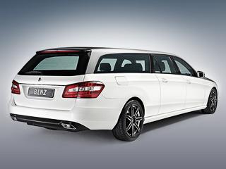 Mercedes e. Удлинённый универсал получился на12мм ниже, скорее всего, засчёт увеличения массы кузова из-за дополнительной вставки, весящей почти пару сотен килограммов.
