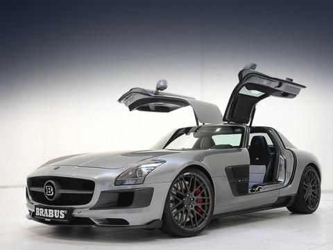 Mercedes sls. Битурбомотор, несмотря на недюжинный потенциал, соответствует стандарту Евро-5. Правда, положа руку на сердце, природолюбивым его всё равно не назовёшь.
